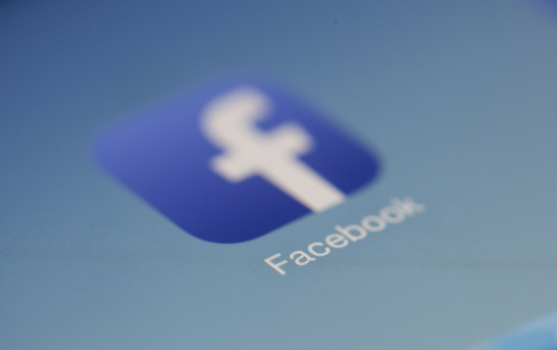 ¿Qué saben Facebook y Google sobre ti?